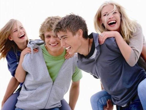 Έφηβος: Σε ποια ηλικία πρέπει να πάει μόνος/η διακοπές;
