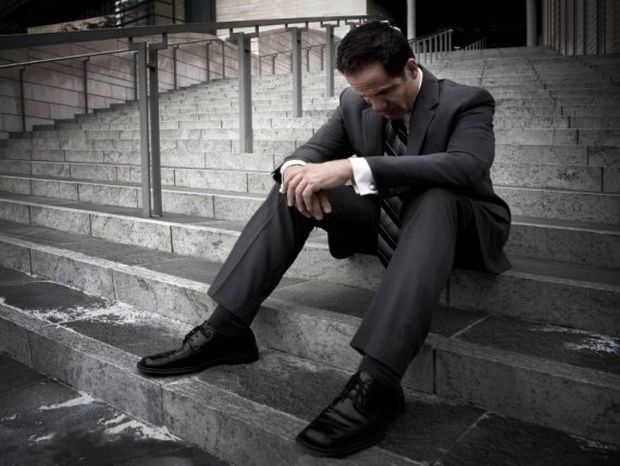 Τι μπορεί να προκαλέσει σε έναν άνδρα κατάθλιψη;