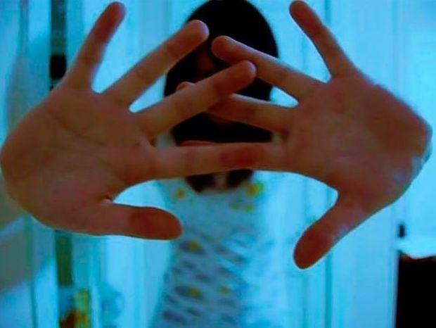 Παιδική και εφηβική κατάθλιψη: Πότε και γιατί φταίει η οικογένεια;