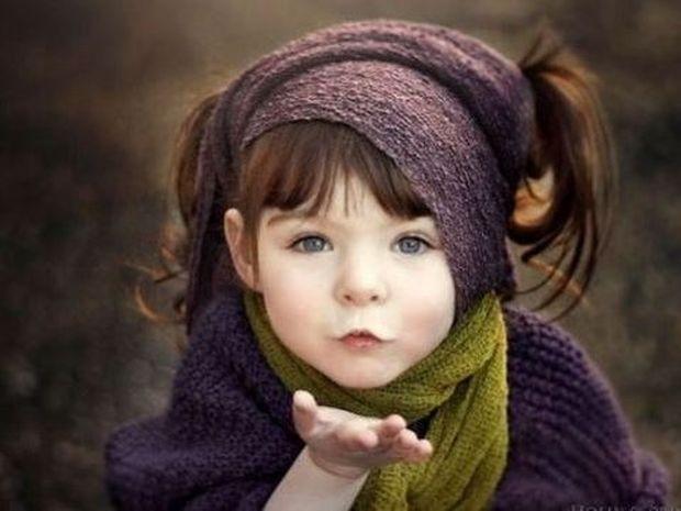 Βάιολετ. Το κορίτσι για το οποίο μιλά όλο το διαδίκτυο! (εικόνες)