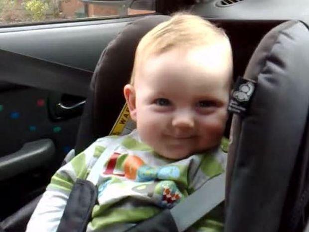 ΑΠΙΘΑΝΟ VIDEO: Το πιο αξιολάτρευτο νυσταγμένο μωρό που έχετε δει!