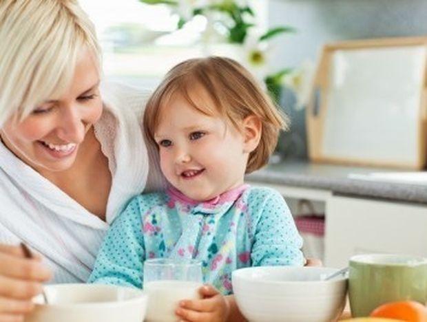 Νέα μαμά: Τι πρέπει να τρως όταν θηλάζεις;