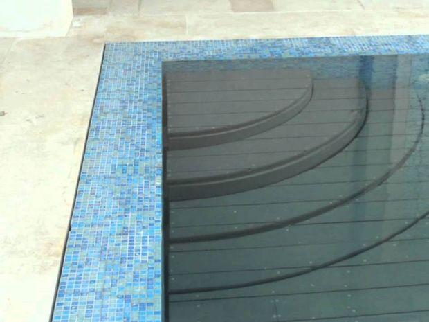 Δεν θα πιστεύετε στα μάτια σας! Δείτε τι παθαίνει αυτή η πισίνα με το πάτημα ενός κουμπιού! (βίντεο)
