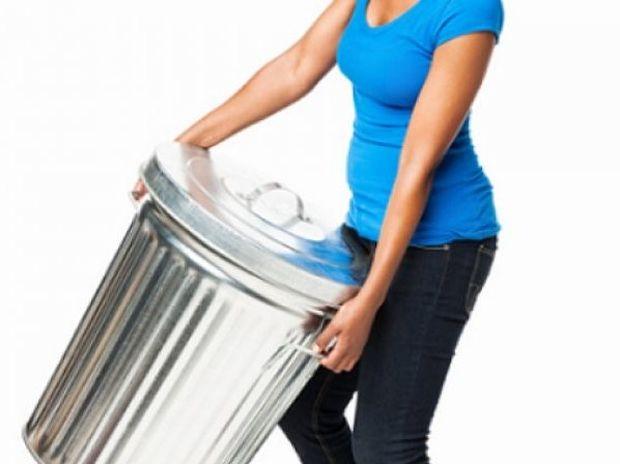 Ώρα να διώξεις τη... σαβούρα από το σπίτι: 8 αντικείμενα που πρέπει να πετάξεις