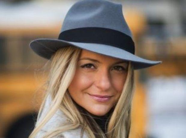 Μην ξεχάσετε το καπέλο σας: Είναι πολύ στη μόδα φέτος!