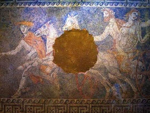 Η σαρκοφάγος του Μεγάλου Αλεξάνδρου και ο νεκρός του τάφου