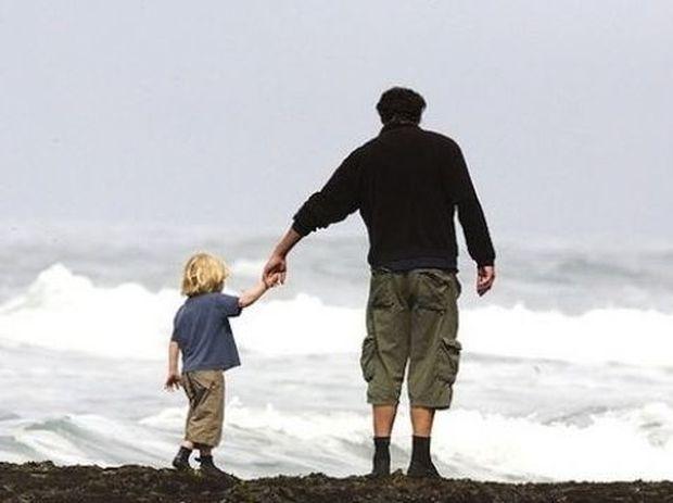 «Σ' ευχαριστώ μπαμπά που μου δίδαξες πόσο φτωχοί είμαστε».Ο συγκλονιστικός διάλογος πατέρα-γιου