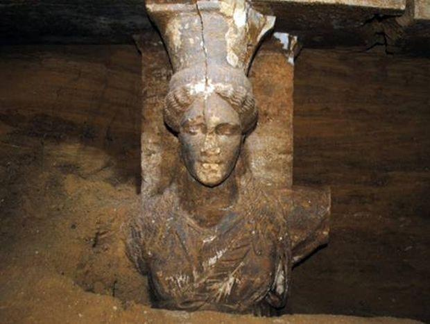 Μια «ανάσα» από τη λύση του μυστηρίου στην Αμφίπολη