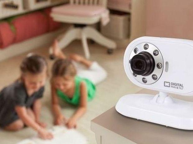 Μην πανικοβληθείτε αλλά το baby motinor του μωρού σας μπορεί να παρακολουθείται από χάκερς!