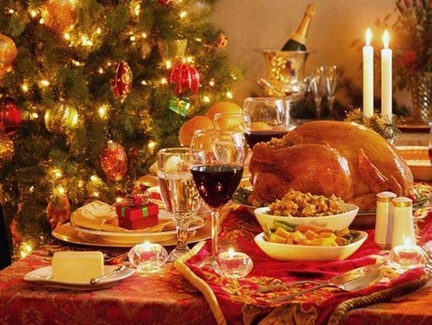 Συμβουλές για να κρατήσετε τη σιλουέτα σας κατά τη διάρκεια των γιορτών