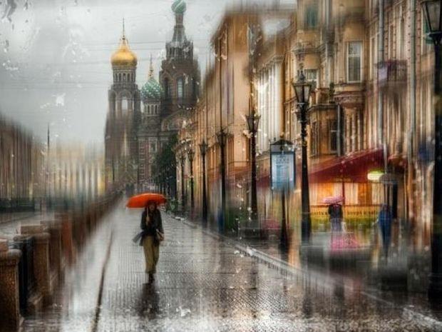 Όταν βρέχει, οι πόλεις μοιάζουν με ζωγραφιά…