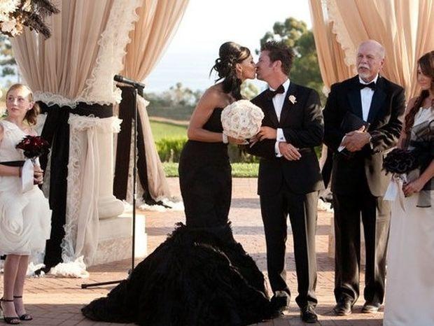 Νύφες που φόρεσαν μαύρα φορέματα στον γάμο τους
