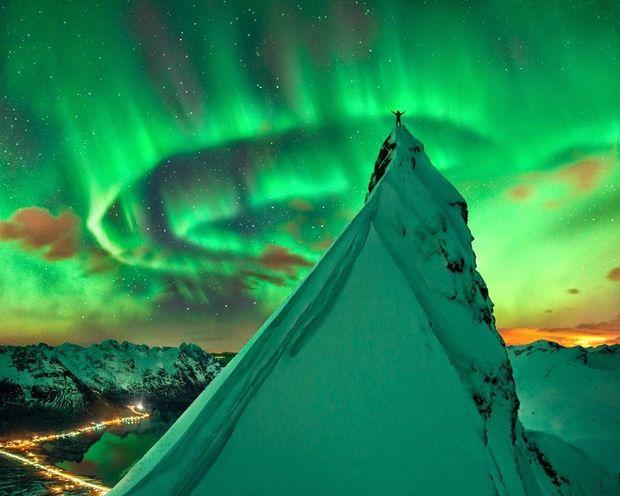 Πράσινη Συμφωνία: Το Βόρειο Σέλας πάνω από τη Νορβηγία