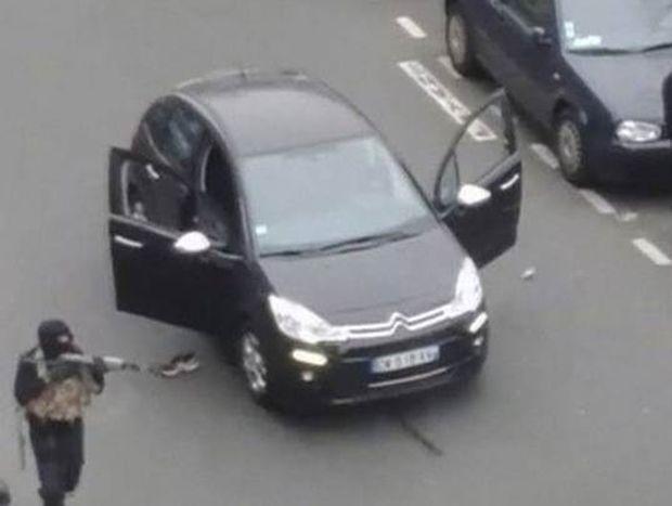 Charlie Hebdo: Ο σοκαριστικός διάλογος του αστυνομικού με τον εκτελεστή του