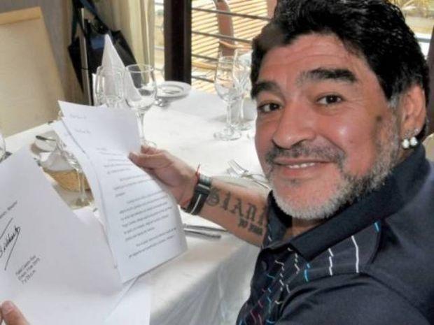Η επιστολή ... ζωής του Κάστρο στον Μαραντόνα (video)