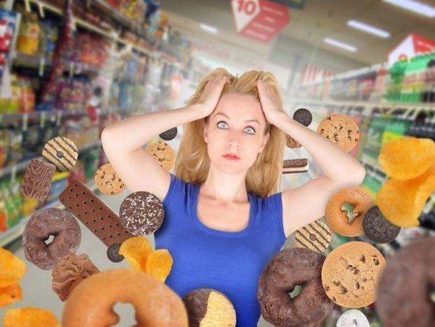 7 διατροφικές συνήθειες που θα πρέπει να κόψετε