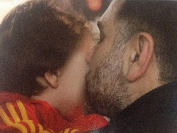 Ζώδια και αστέρια: Γρηγόρης Αρναούτογλου: Ένας Τοξότης μπαμπάς όλο τρυφερότητα