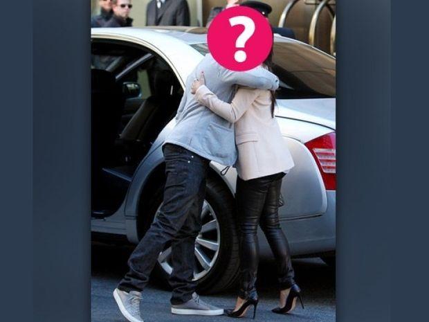 Η γλώσσα του σώματος τους πρόδωσε: Το διάσημο ερωτευμένο (;) ζευγάρι έγινε ρεζίλι!