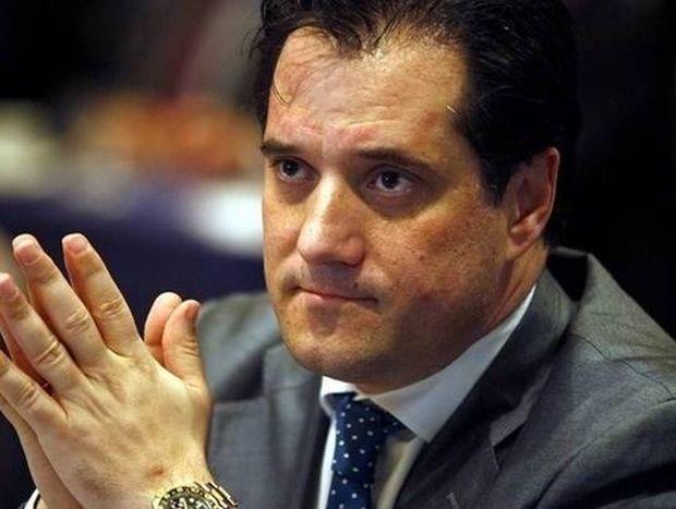 Παπαδάκης σε Άδωνι: «Είσαι ο μεγαλύτερος κωλοτούμπας της πολιτικής...» (video)
