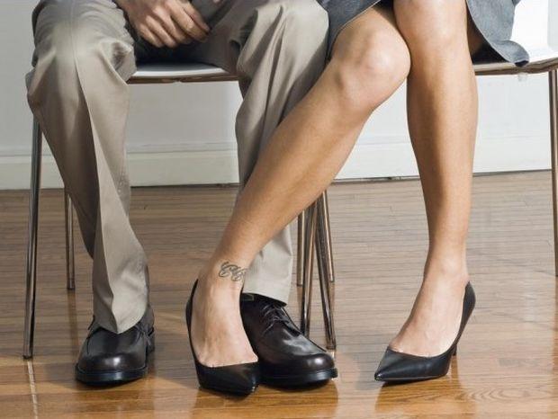 Η γυναικεία απιστία: Τα 6 χαρακτηριστικά της