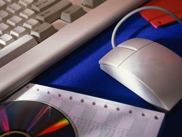 Για απάτες σε διαδικτυακές οικονομικές συναλλαγές εταιρειών προειδοποιεί η Αστυνομία