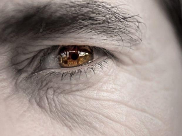 Πώς βλέπει κάποιος που έχει καταρράκτη (φωτογραφίες)