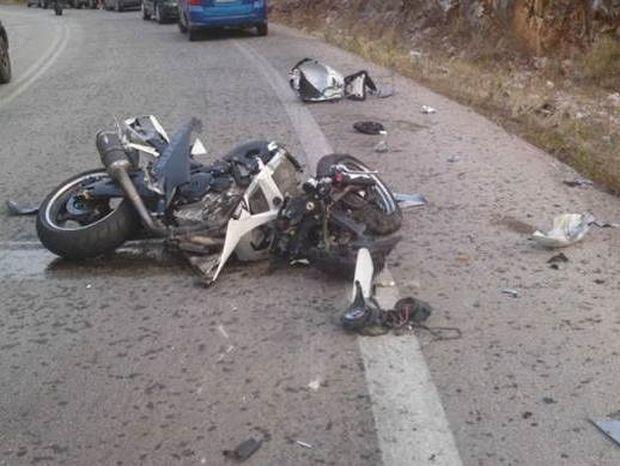 Διπλή τραγωδία στη Χαλκίδα: Σκοτώθηκαν δύο φίλοι σε τροχαίο