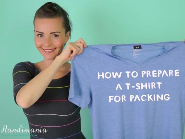 Ο καλύτερος τρόπος να διπλώσετε τα ρούχα σας για να κερδίσετε χώρο στη βαλίτσα!