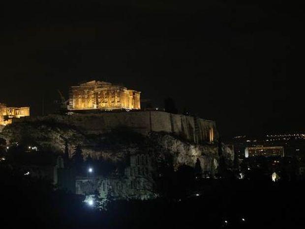 Το βράδυ η Αθήνα είναι ακόμα πιο όμορφη (video)