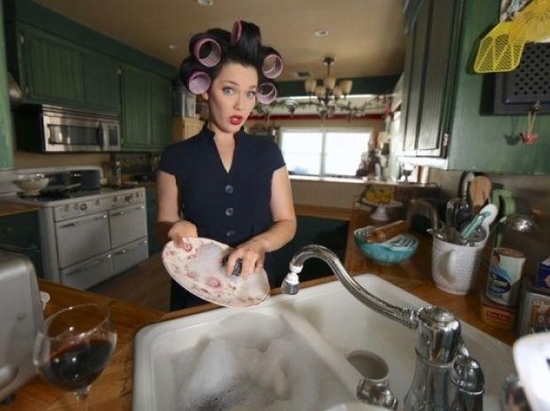Εφαρμογή: Δείτε πόσες θερμίδες θα κάψετε με το σκούπισμα, το σφουγγάρισμα και τις άλλες δουλειές του σπιτιού!