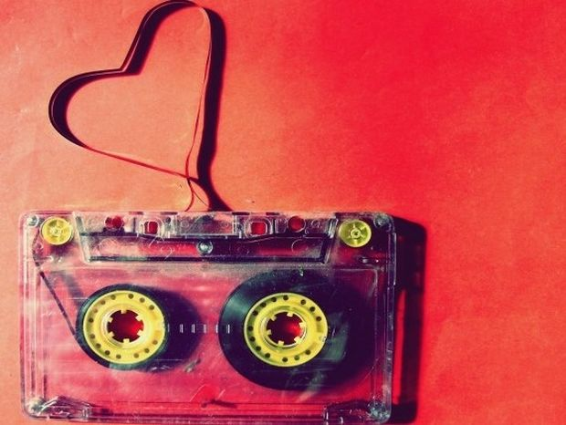 Έρωτας με την πρώτη ματιά: Τι είναι και πότε μπορεί να σου συμβεί