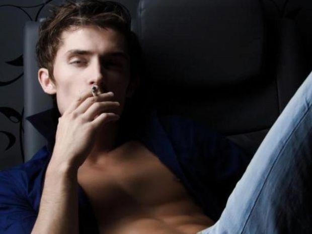 Σεξουαλικός νάρκισσος: 8 σημάδια για να τον αναγνωρίσετε