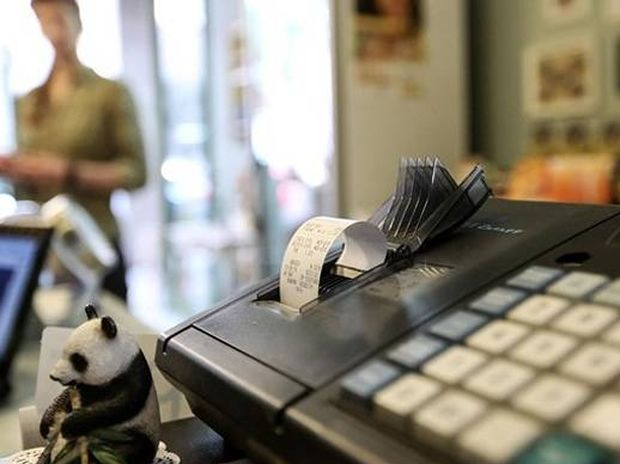 Θα μας τρελάνουν οι δανειστές - Θέλουν να αλλάξουν πάλι τον ΦΠΑ