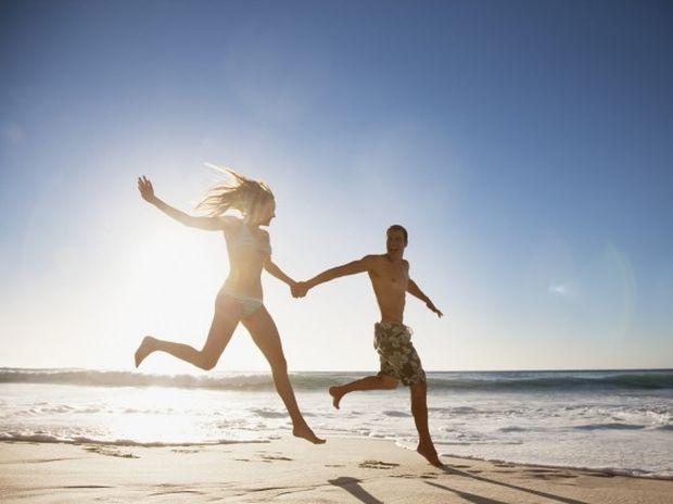 Καλοκαίρι: Πώς να βρεις σύντροφο στις διακοπές!