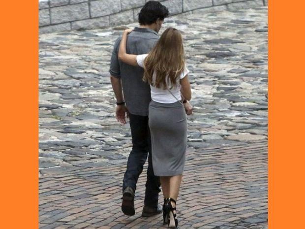 Είναι επίσημο: Το πιο σέξι ζευγάρι του Hollywood ανεβαίνει τα σκαλιά της εκκλησίας