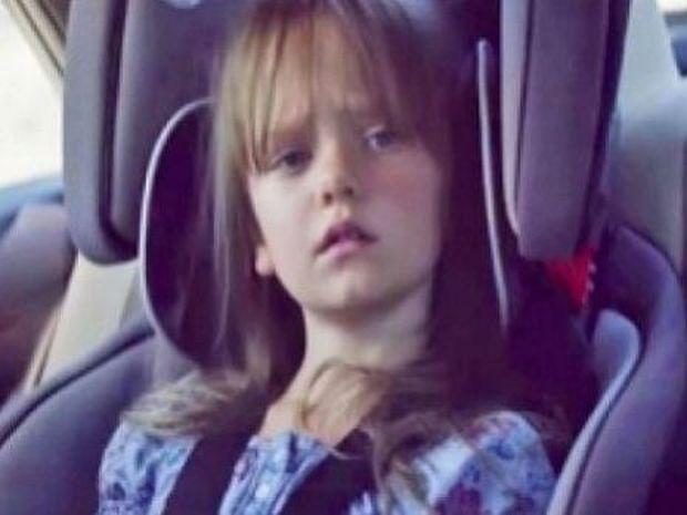 Σοκαριστικό βίντεο: Η φωτογραφία της κόρης της στο διαδίκτυο της στοίχισε τη ζωή!