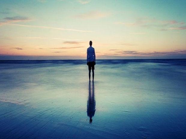 Κατάθλιψη: Αυτά είναι τα επικίνδυνα συμπτώματά της