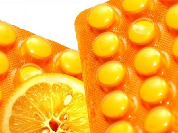 Πορτοκάλι ή βιταμίνη C σε χάπι; Τι είναι καλύτερο για τον οργανισμό