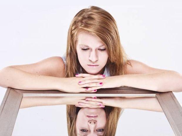 Αυτοεκτίμηση: Θες να αγαπήσεις τον εαυτό σου αλλά δε μπορείς;