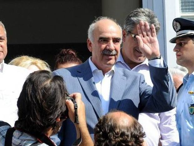 Αποτελέσματα εκλογών 2015: Ομολογία ήττας από Μεϊμαράκη - Κάλεσε τον Τσίπρα να σχηματίσει κυβέρνηση