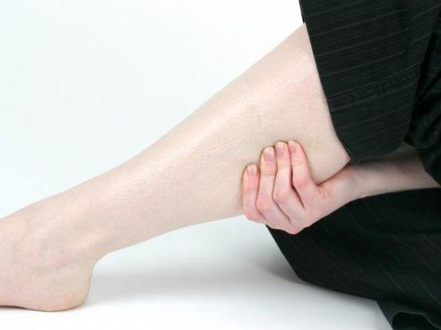 Πόνοι στα πόδια: Συμβουλές για φυσική αντιμετώπιση