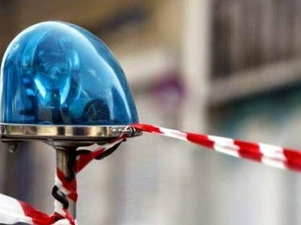 Βγήκαν πιστόλια έξω από νυχτερινό κέντρο στη Θεσσαλονίκη - Ένας τραυματίας