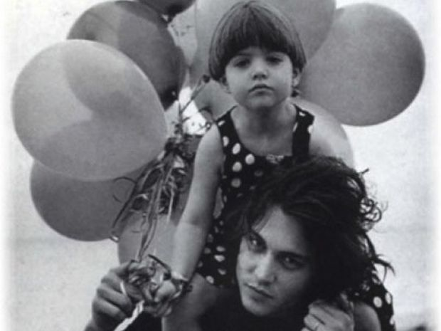 O Johnny Depp μιλάει πρώτη φορά για το σοβαρό πρόβλημα υγείας της κόρης του