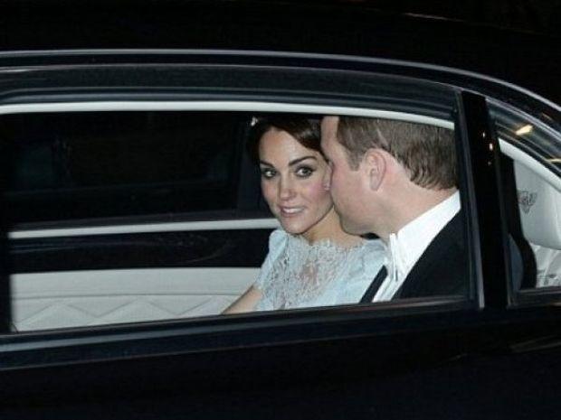 Συγκινητικό! H Kate Middleton εμφανίστηκε σαν μία άλλη... Diana