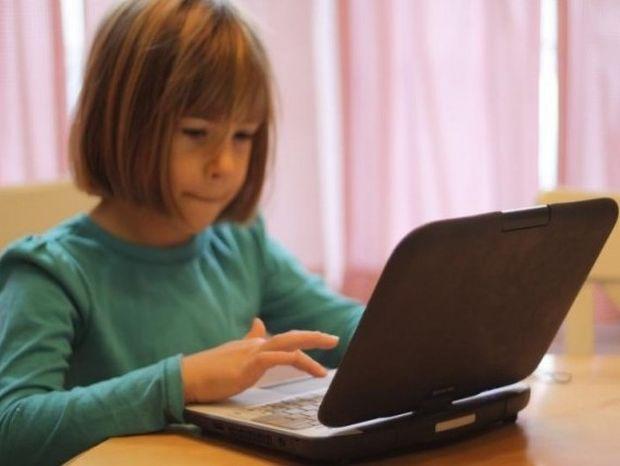 Θα απαγορευτεί το Facebook για ανήλικους χρήστες στην Ευρώπη