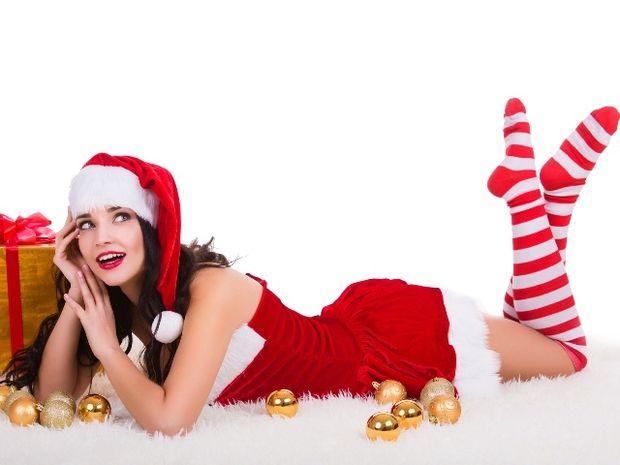 12 πονηρά χριστουγεννιάτικα υπονοούμενα για να τον τρελάνεις
