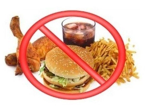 10 απλές διατροφικές συνήθειες που θα σας βοηθήσουν να χάσετε βάρος