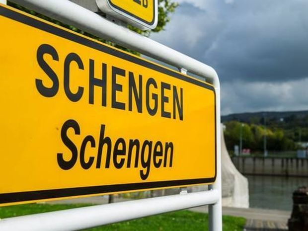 Συνθήκη Σένγκεν: Θα μείνουμε ή θα φύγουμε – Τι δείχνουν τα άστρα;