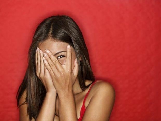 Γιατί όταν είμαστε ερωτευμένοι λέμε ψέματα; Η ορμόνη της αγάπης...