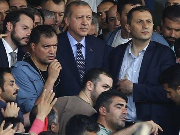 Πραξικόπημα στην Τουρκία: Νικητής, για την ώρα, ο Ερντογάν - 64 νεκροί - 600 συλλήψεις